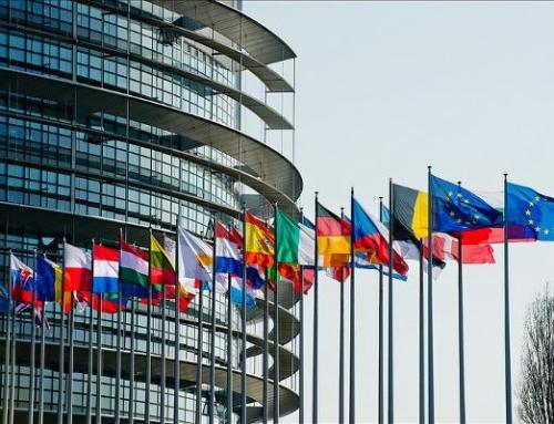 NO DEL PARLAMENTO EUROPEO A UN MAIS MULTITRANSGENICO